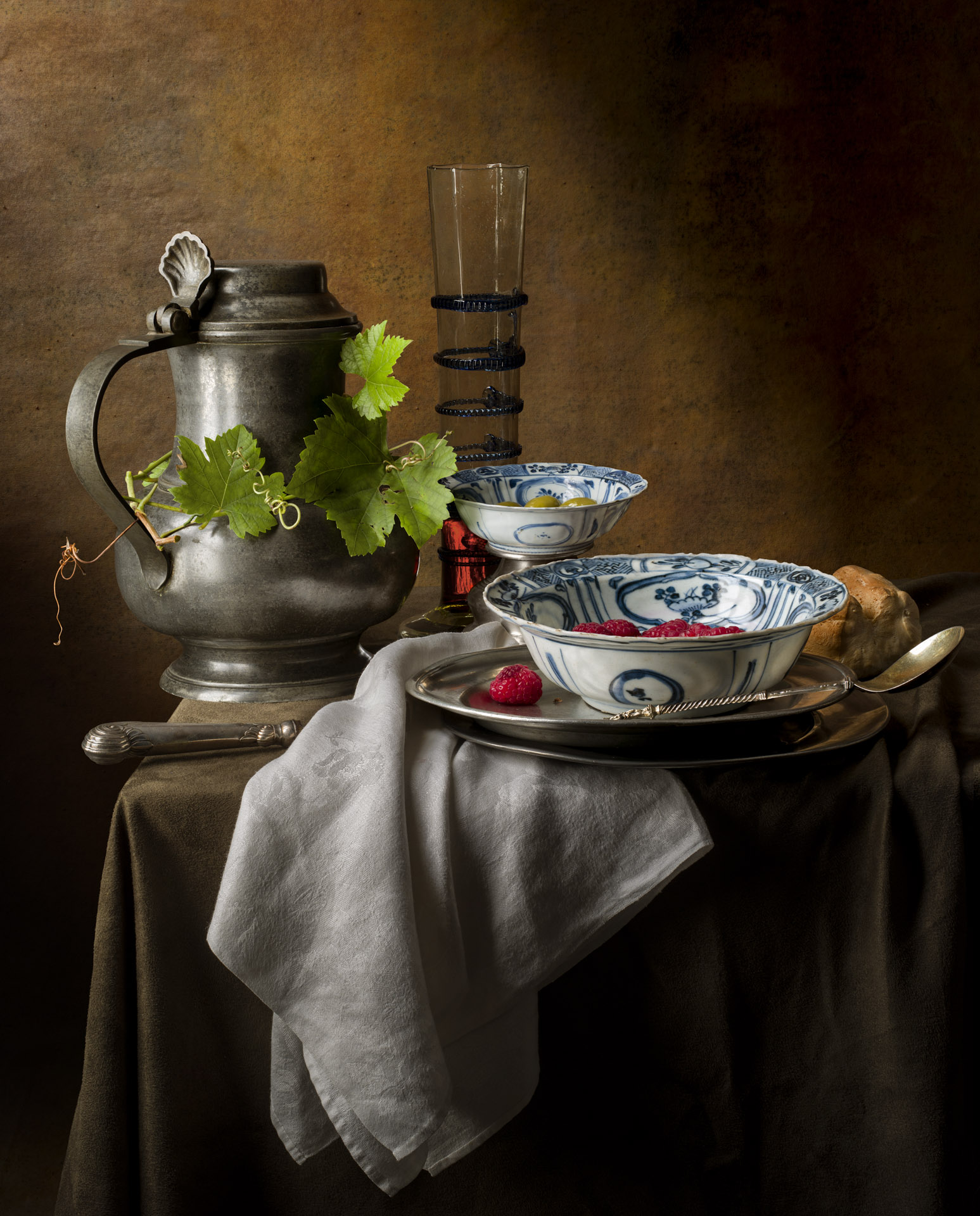 Still life with ming bowls
